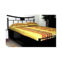 Wellington Storage Bed