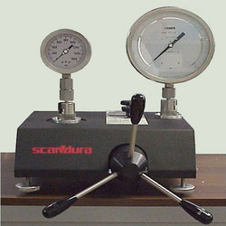 Pressure Gauges Calibration