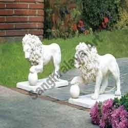 Lion Pair Rolling Ball Statue