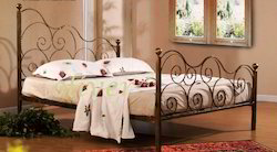 Iron Bed Wi