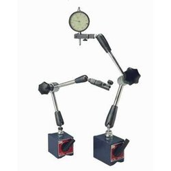 Magnetic Base With Articulated Arm