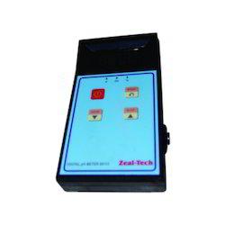 Pocket type pH Meter