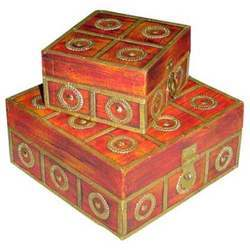 Boxes M-7670