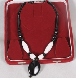 Black Onyx (Black & White) Necklace