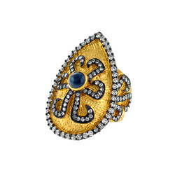sapphire studded gold ring