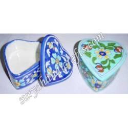 Blue Pottery Heart Style Box