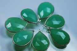 Chrysoprase Chalcedony Faceted Long Pear Silver