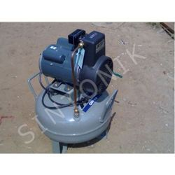 0.5 HP Anest Lwata Oil Free Air Compressor