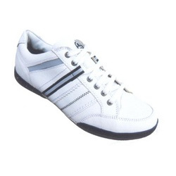 Trafard-01, White 6 X 10 Shoes
