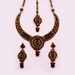 Antique Necklace Sets Handcrafted Ball