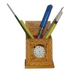 Wooden Pens Stand