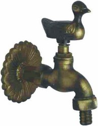 antique finishing garden faucet with flange