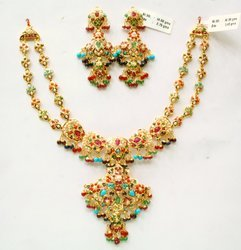 Designer Kanty Gold Necklace Set