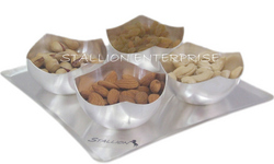 Dry Fruit Crescent Cut Set of 4