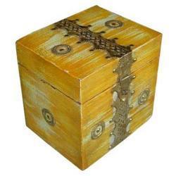 Wooden Boxes M-7649