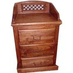 Chest of 3 Drawers with Top Gallery