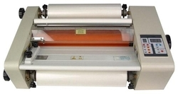 13 Roll To Roll Lamination Machine