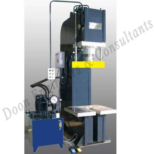 Hydraulic Press - Manufacturer from Delhi