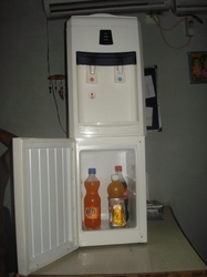 Hot And Cold Water Dispenser With Fridge