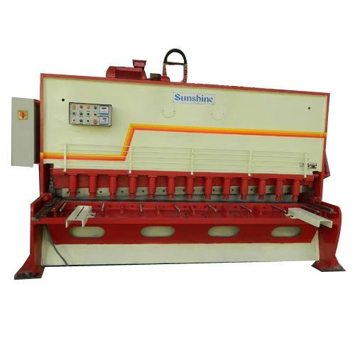Hydraulic Sheet Metal Shearing Machine