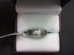 Diamond Wedding Ring for Gents