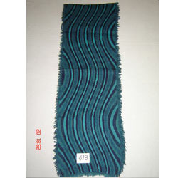 Item no 613 Wool-lycra spandex scarf with 4 side fringes.