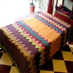 Wave Applique Design Bed Cover