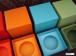Cup Cake Boxes in Various Colors