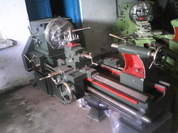 Semi Gear Head Lathe M/C
