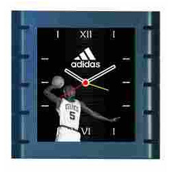 Fasionable Wall Clock