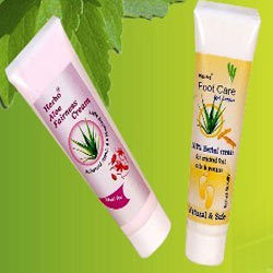 Makeup Companies on Supplier Of Herbal Cosmetics From Coimbatore Tamil Nadu India Id