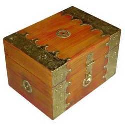 Boxes M-7652