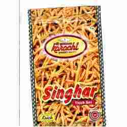 singhar thick namkeens