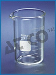 Tall Form Graduated Beaker With Spout