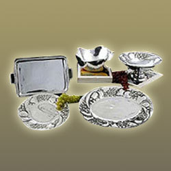 Aluminum Bowls And Fruit Trays