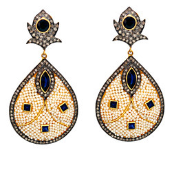 Designer Pearl Earrings