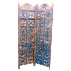Royal Wooden Partition