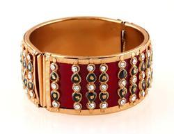 Fashion Gold Plated Bangle