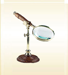 Magnifying Lense On Stand