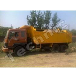 large hauling vehicle