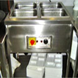 Hot case cum pick up counter with Bain Marie & Plate Warmer without B.M.