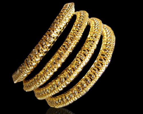 Bangles Jewelry manufacturers - CHAWLA HANDICRAFTS suppliers of Metal  Bangles, Bangles Jewelry manufacturing, indian Ladies Cuff Bangles.