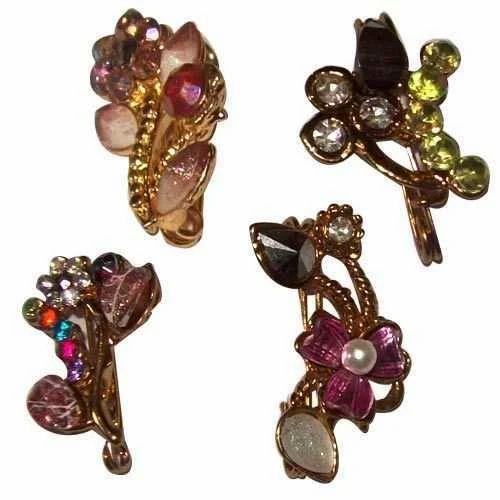 Modern Saree Pins
