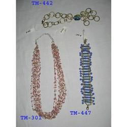 Glass Beaded Fashion Necklace