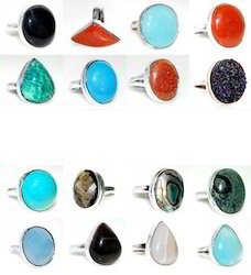 Gemstone Finger- Ring