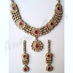 Four Line Diamond & Kundan Necklace Set