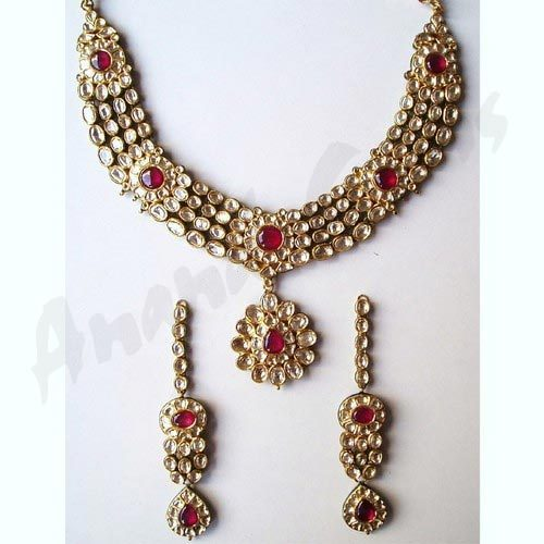 Four Line Diamond and Kundan Necklace Set