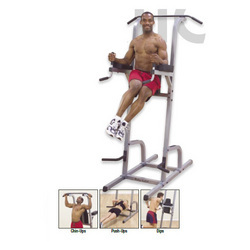 GKR-82 : Vertical Knee Raise / Dip / Push-Up / Chin Machine