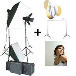 Sunprolite Flash/Strobe Light Kit With 5 In 1 Reflector And A Backdrop