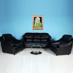http://2.imimg.com/data2/KY/QO/MY-2609802/royal-black-sofa-set-250x250.jpg